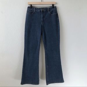 NYDJ NOT YOUR DAUGHTER'S JEANS High Rise Bootcut 8